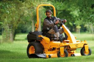 Professional Zero-Turn Lawnmower