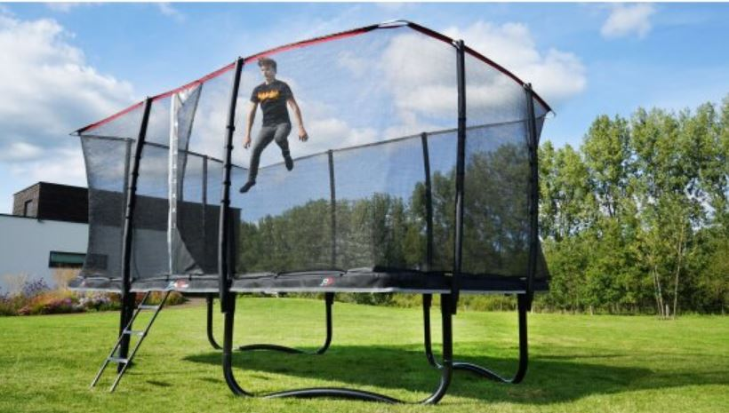 trampoline with a safety net